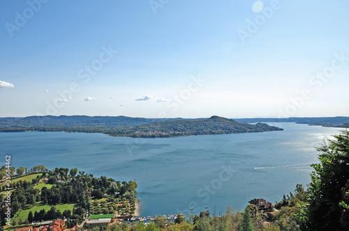 Valokuvatapetti Lago Maggiore