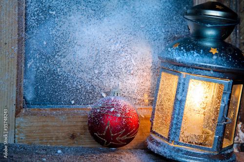 Foto-Doppelrollo - lanterna su finestra con neve (von Silvano Rebai)