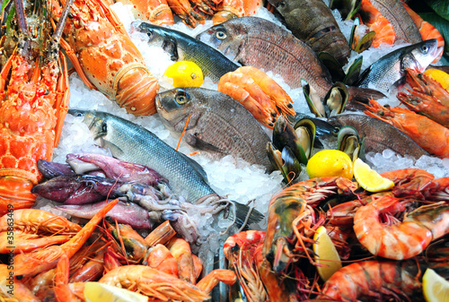 Papiers peints Poisson fresh seafood