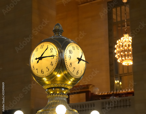 Photo  Clock in Grand Central Terminal