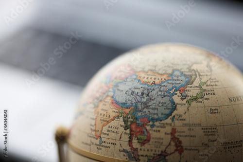Fotografía  地球儀とパソコン