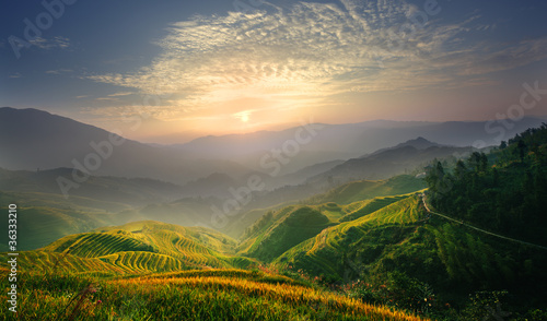 Poster Chine Sunrise at terrace in Guangxi China