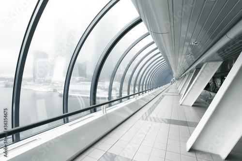 Fototapety przestrzenne   czarny-korytarz-biznesu