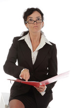 Femme D'affaires Critiquant Un Dossier