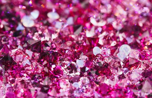 Fotografía  Many small ruby diamond stones, luxury background shallow depth