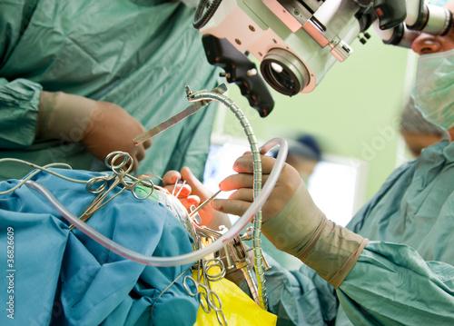Fotomural  Brain surgery