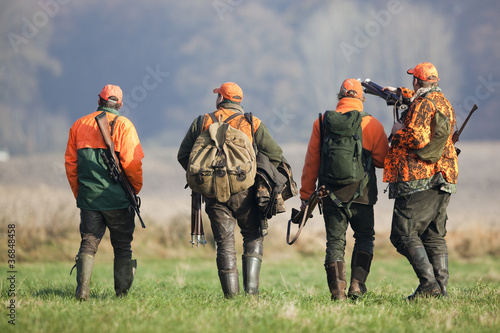 Tuinposter Jacht Vier Jäger nach der Treibjagd