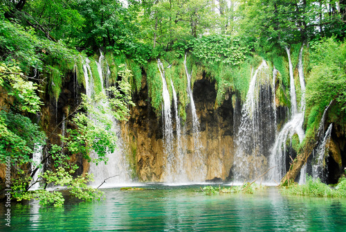Spoed Foto op Canvas Watervallen Waterfall at Plitvice national park, Croatia