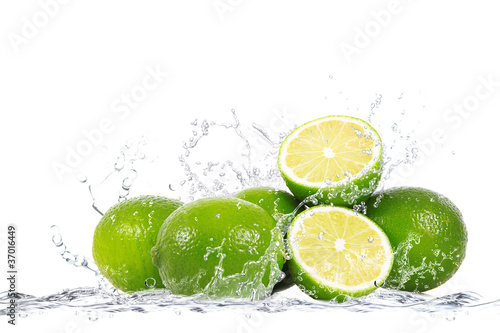 Staande foto Opspattend water lime splash