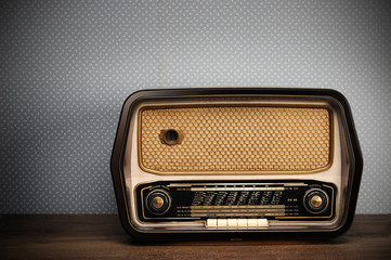 antique radio on vintage ba...