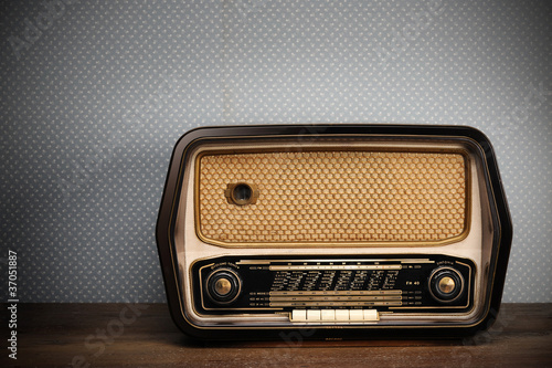 Staande foto Retro antique radio on vintage background