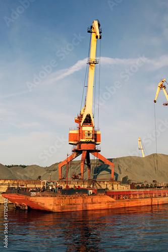 Fotografia, Obraz  Port bulk crane and barge