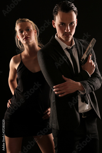Foto  James Bond mit Bondgirl