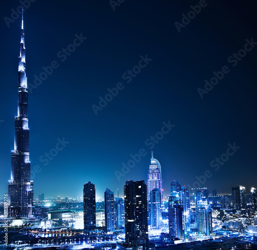 In de dag Dubai Dubai downtown at night