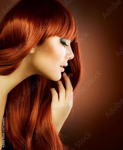 Naklejka premium Piękno portret. Zdrowe włosy