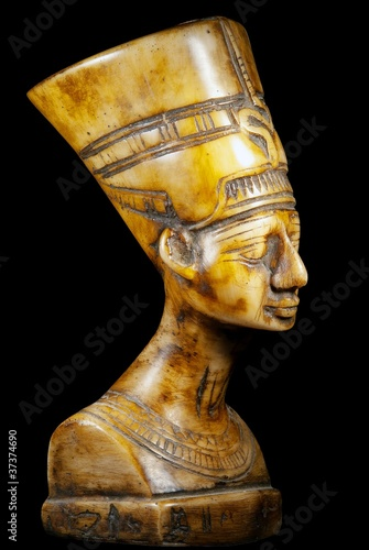 Fotografie, Obraz  bust of Queen Nefertiti on black background