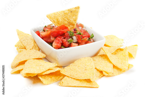 Foto Nachos corn chips with homemade salsa