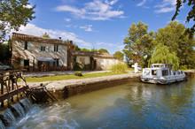 Ecluse Sur Le Canal Du Midi - ...