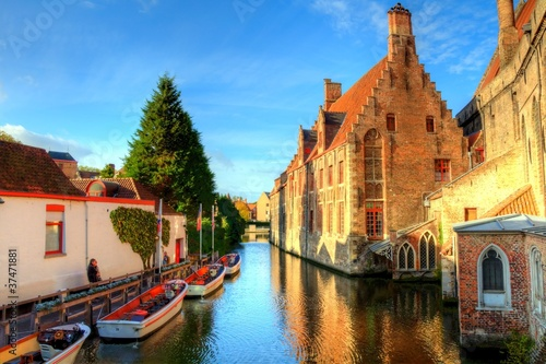 Fotobehang Brugge autumn in bruges, belgium