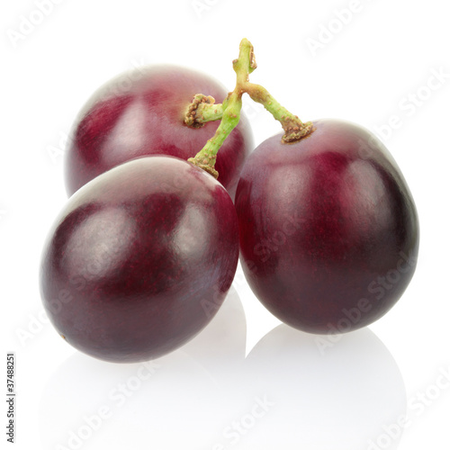 Red grape isolated, clipping path included Fototapete
