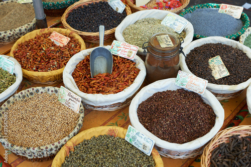 Staande foto India Random spices for sale