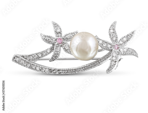 Silver brooch with pearl isolated Fototapete