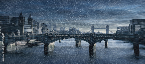 London winter scene Canvas Print