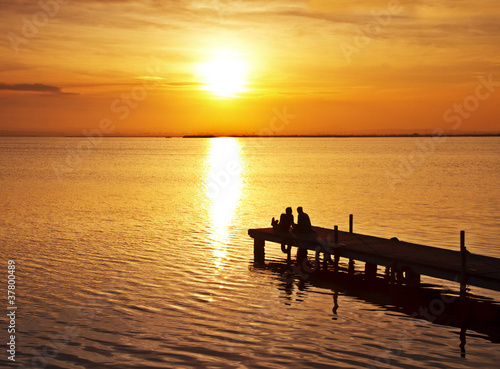 Staande foto Pier amor en el lago