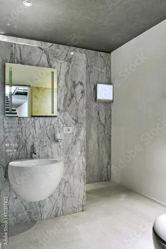 Bagni Moderni In Marmo.Bagno Moderno Con Rivestimento E Pavimento Di Marmo Buy This
