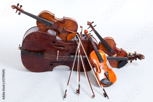 Strings - 37991692