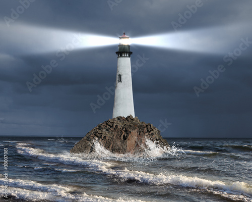 Foto-Flächenvorhang - Lighthouse with a beam of light (von Sergey Nivens)
