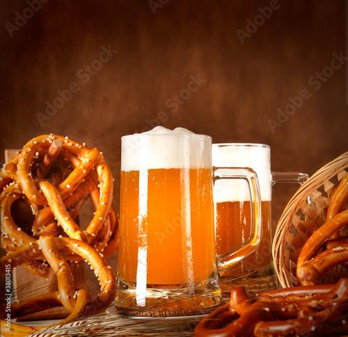 Fotografie, Obraz  Boccale di birra con pane bavarese (oktoberfest)