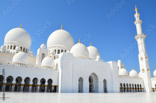 Photo  Sheikh Zayed Mosque in Abu Dhabi, United Arab Emirates