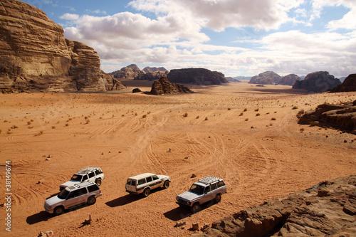 Photo  Offroad advendure in Wadi Rum