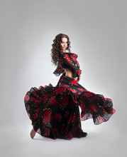 Woman Dance In Gypsy Red And B...