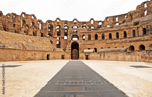 Photo sur Toile Tunisie Amphitheater in El Jem, Tunisia