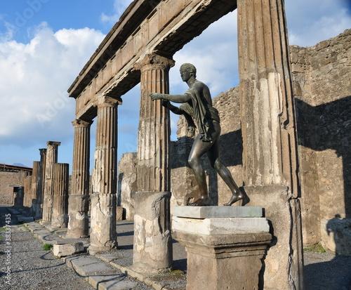 Garden Poster Napels Statue of Apollo in Pompei
