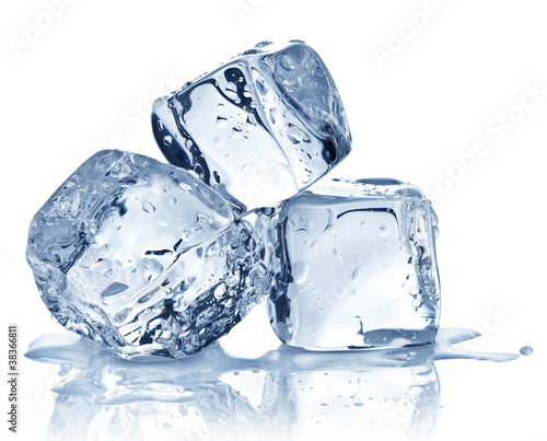 Fotografiet Three ice cubes