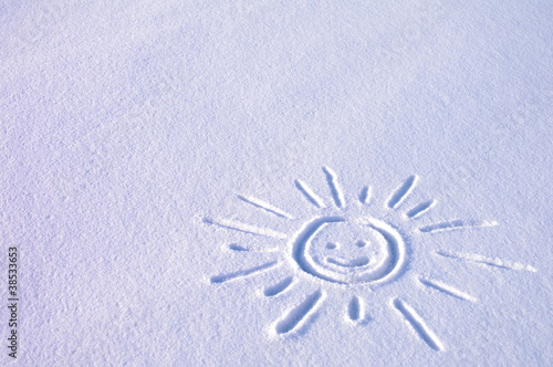 Fototapeta Słoneczko na śniegu obraz