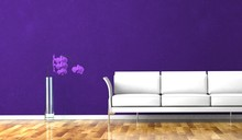 Wohndesign - Weisses Sofa Vor Lila Wand