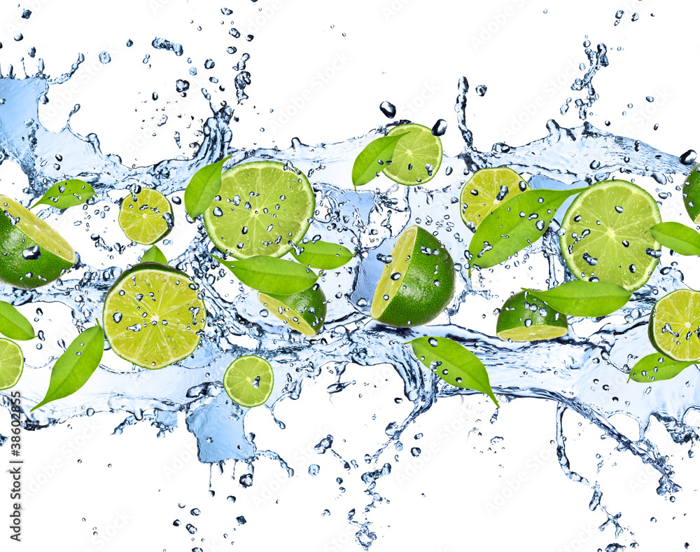 Fototapety, obrazy: Fresh limes in water splash,isolated on white background