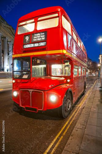 Fototapety, obrazy: Old double-decker bus, London.
