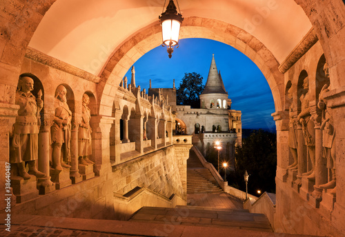 Spoed Foto op Canvas Boedapest The south gate of the Fisherman's Bastion in Budapest