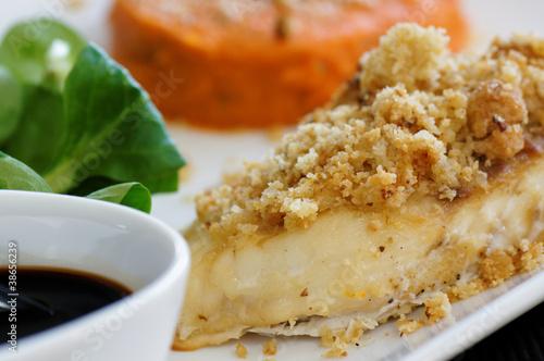 Valokuva  filet de daurade en crumble et purée de carotte 7