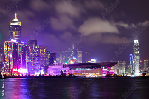 Poster Prune Hong Kong skyline at night
