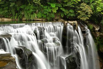 Panel Szklany waterfalls in shifen taiwan