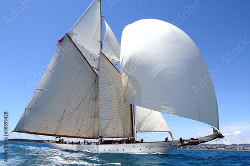 zespol-duch-druzyna-duch-zaglowka-regate-morze-ocean-jachting