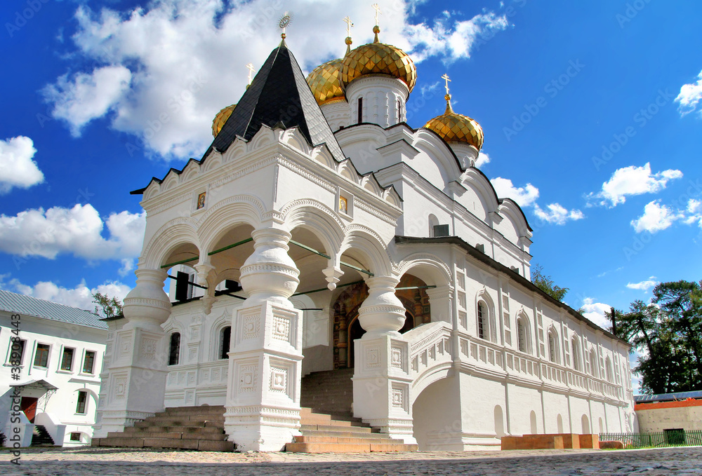 Fototapety, obrazy: Trinity cathedral of Ipatiev Monastery in Kostroma, Russia
