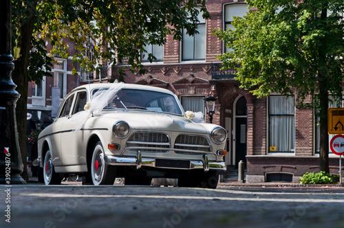 stary-slubny-samochod