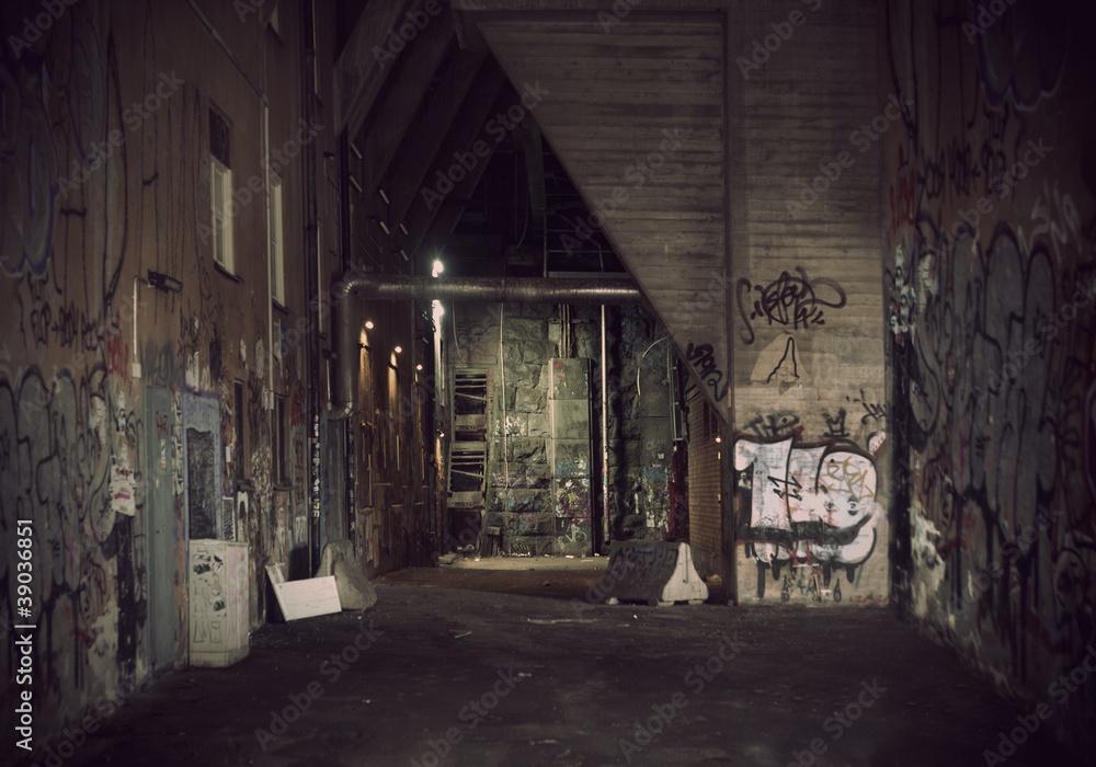Fototapety, obrazy: Dark alley